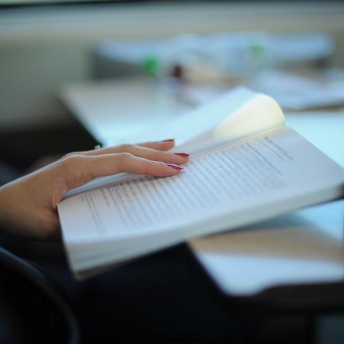 Birleşik Arap Emirlikleri'nden 'Ulusal Okuma Yasası'