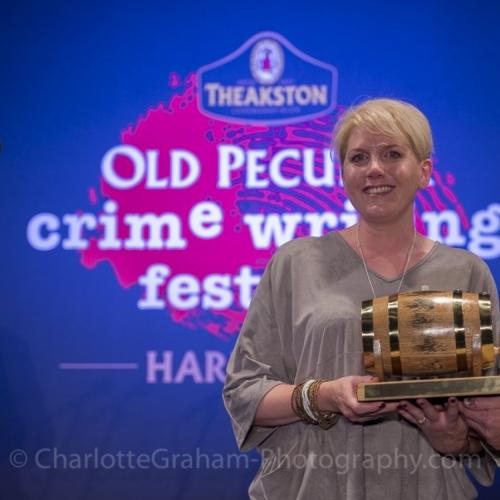 İngiltere'nin En Prestijli Polisiye Edebiyat Ödülü Mackintosh'un