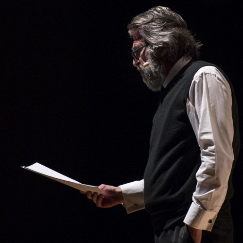 İstanbul şairi Orhan Veli'den dizeler…