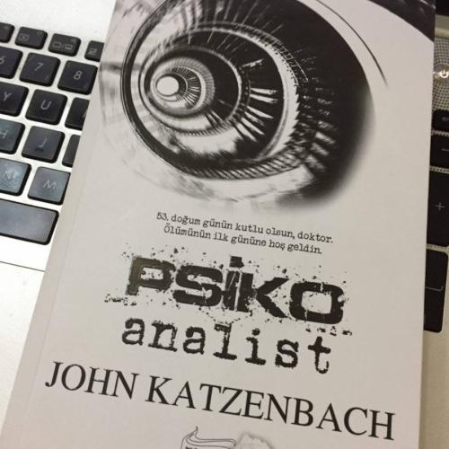 John Katzenbach, Psikoanalist