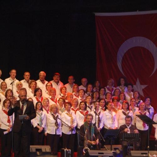 Kadın Ve Devrim Şarkıları - Türküleri