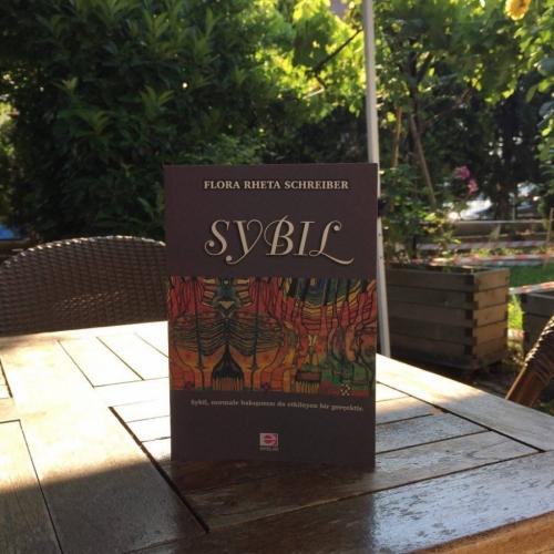Sybil, Flora Rheta Schreiber